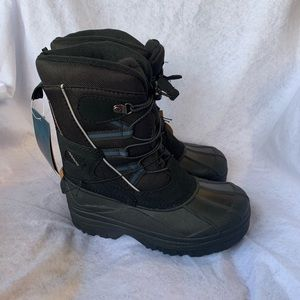 NWT Magellan Waterproof insulated snow boots